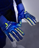 Reusch Attrakt Duo Ortho-Tec 5170050 4949 blue yellow 5